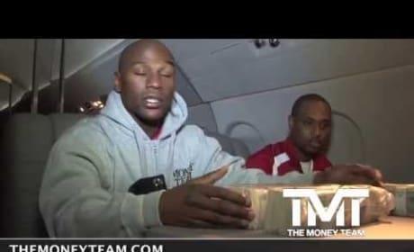 Floyd Mayweather Counts a Million Dollars