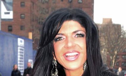 Teresa Giudice, Castmates Throw Down in Dominican Republic