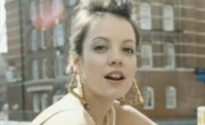 "Lily Allen Covers ""Womanizer"""