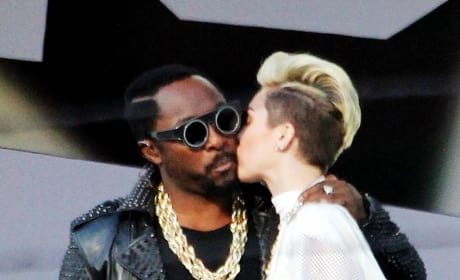 will.i.am and Miley