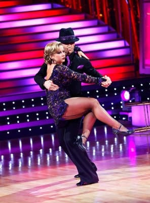 Shawn Johnson Wins Dancing With The Stars The Hollywood