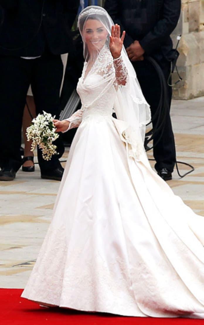 Royal Wedding Dress Fashion Face Off Kate Middleton Vs Blair