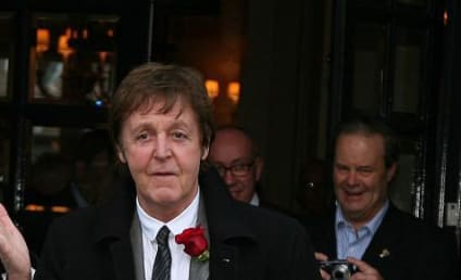 Random New Couple Alert: Paul McCartney and Rosanna Arquette