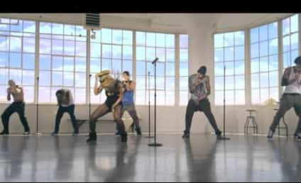 """Beyonce Premieres Music Video for """"Love on Top"""""""