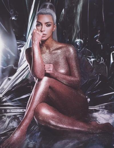Kim Kardashian Promotes KKW