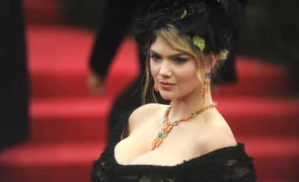 Kate Upton Shades Kardashians With Plastic Surgery Joke