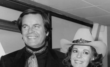 Natalie Wood: Late Actress' Sister Confronts Robert Wagner Over Murder Investigation
