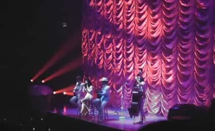 Katy Perry Covers Rihanna, Lady Gaga in Concert