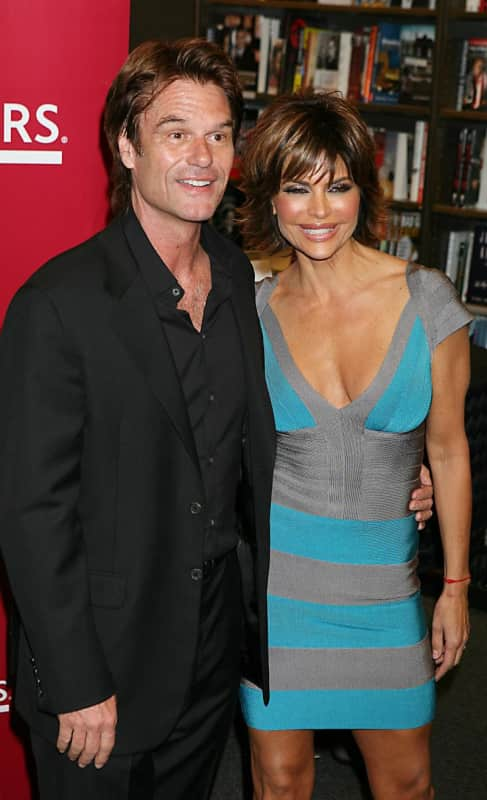 Lisa Rinna, Husband