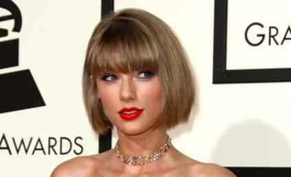 Taylor Swift: Bobbin' for New Hairstyle at the Grammys!