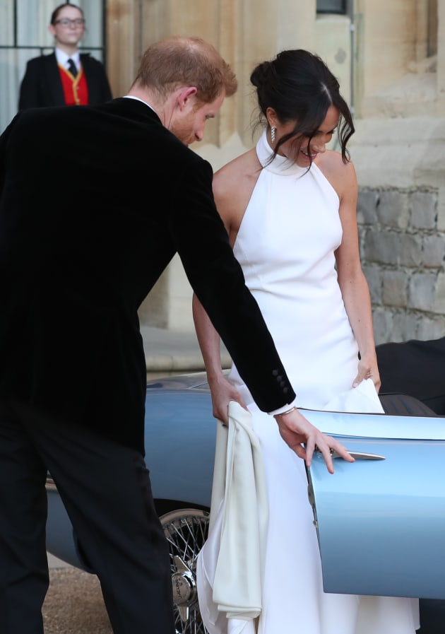 Meghan Markle Stuns And We Mean Stuns In Wedding