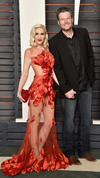 Gwen Stefani in Red with Blake Shelton