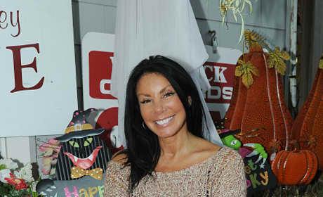 Danielle Staub Attends Wine Tasting In New Jersey