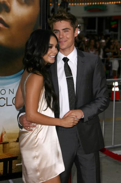 Videos f zanessa having sex together