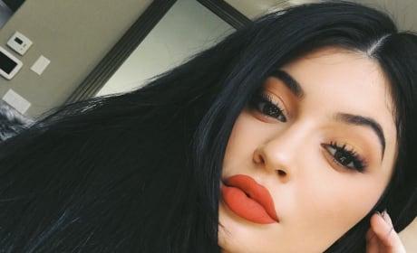 Kylie Jenner Selfies: A Kandid Kollection