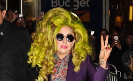 Lady Gaga Green Hair Photo