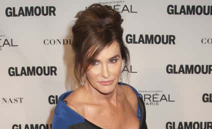 """Caitlyn Jenner Apologizes for """"Man in a Dress"""" Comment"""