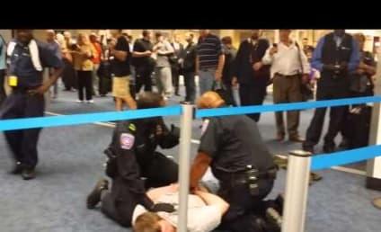 Paul Rudd Helps Take Down Homophobe in Dallas Airport?!