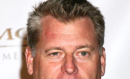 Nick Lachey Blackmail Attempt Alleged; Minnillo Doorman Misses Derek Jeter