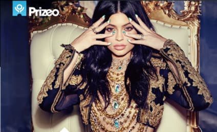 Kylie Jenner Stands Up To Bullying With Selfie Sweepstakes