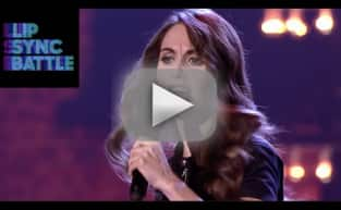 "Alison Brie Performs ""Shoop"" on Lip Sync Battle"
