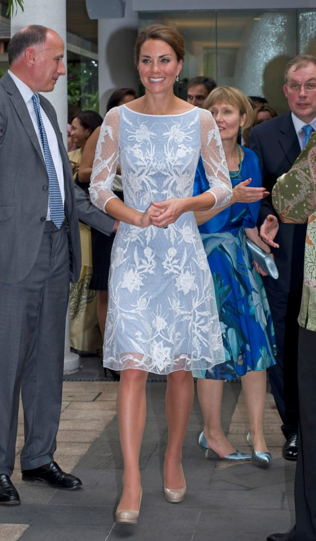 Kate Middleton Naked Photo Scandal Mortifies, But Empowers Duchess - The Hollywood Gossip-5344