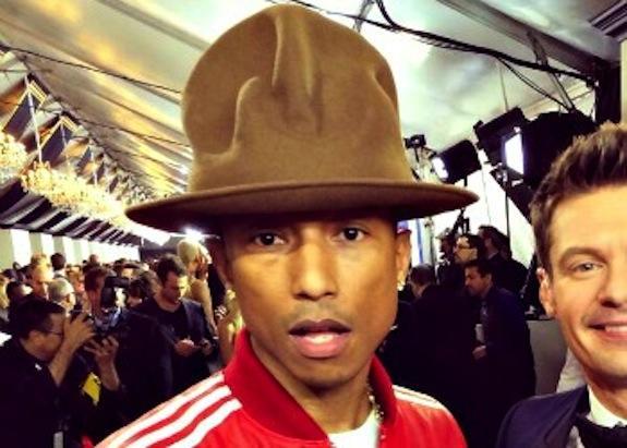 Pharrell Photobomb