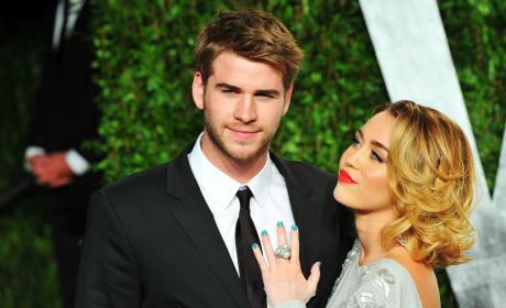 Liam Hemsworth Miley Cyrus Stare Vanity Fair Party Pic