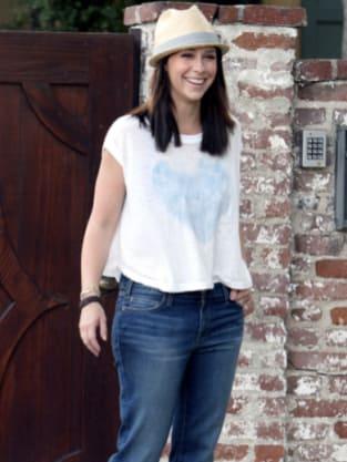 Jennifer Love Hewitt, Hat