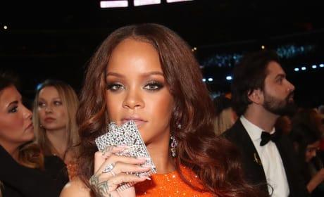 Rihanna Sits at Grammys