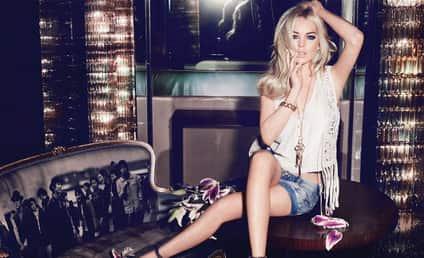 Lindsay Lohan: Jag Jeans Model!
