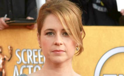 Jenna Fischer Named Hottest Celebrity Divorcee