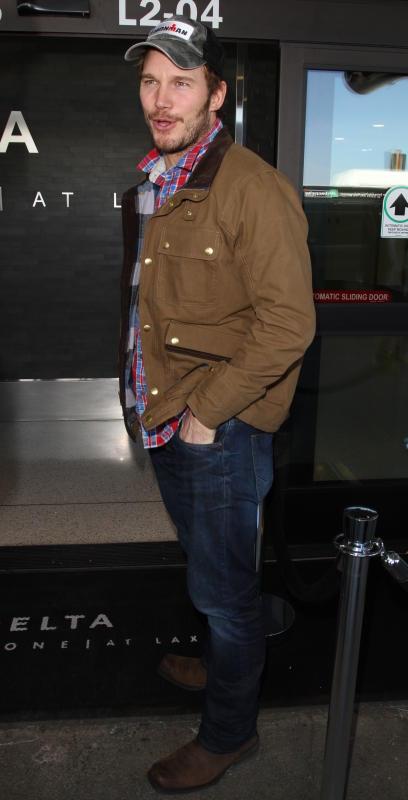 Chris Pratt Leaves LAX in Great Spirits