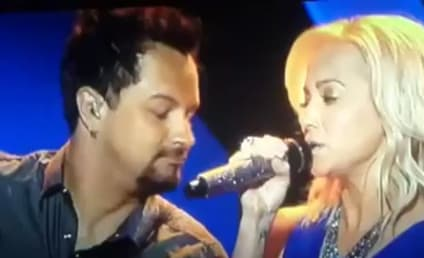 Kellie Pickler Performs on American Idol, Asks: Where's Tammy Wynette?