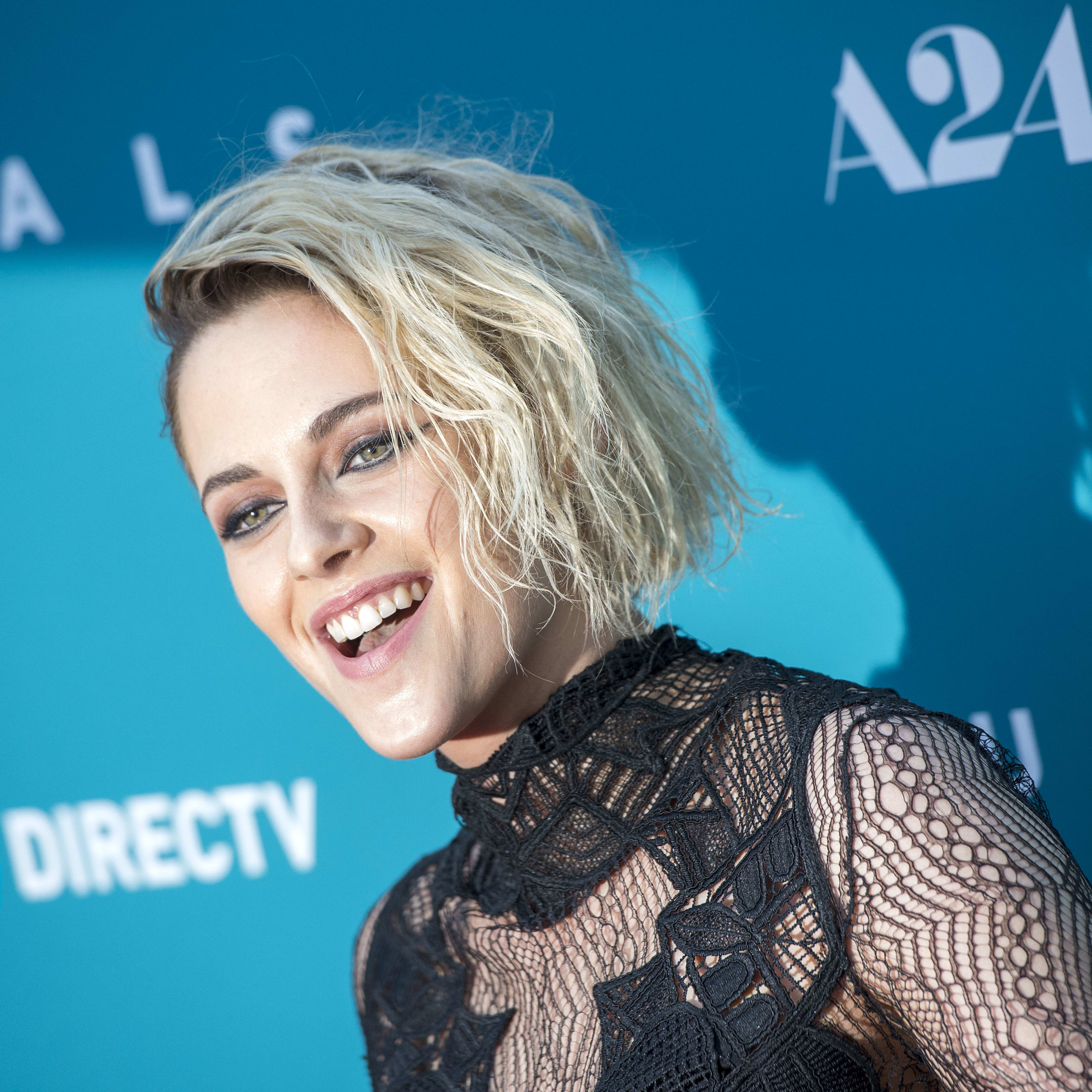 Kristen Stewart Goes Blonde Shaves Head The Hollywood Gossip