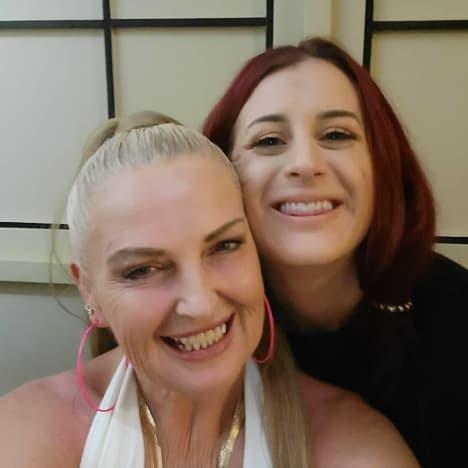 Angela Deem et Tana Lea