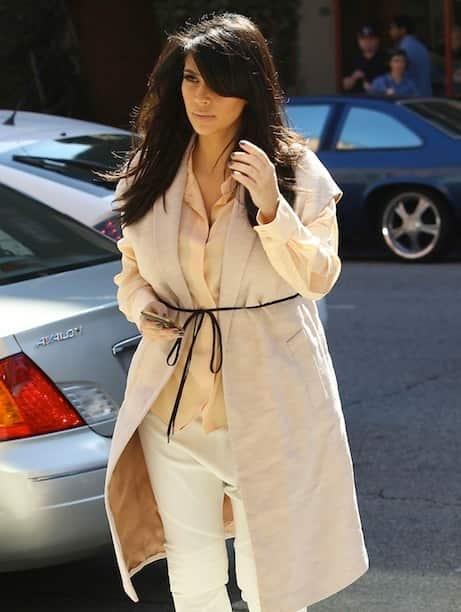 Kim Kardashian Street Shot