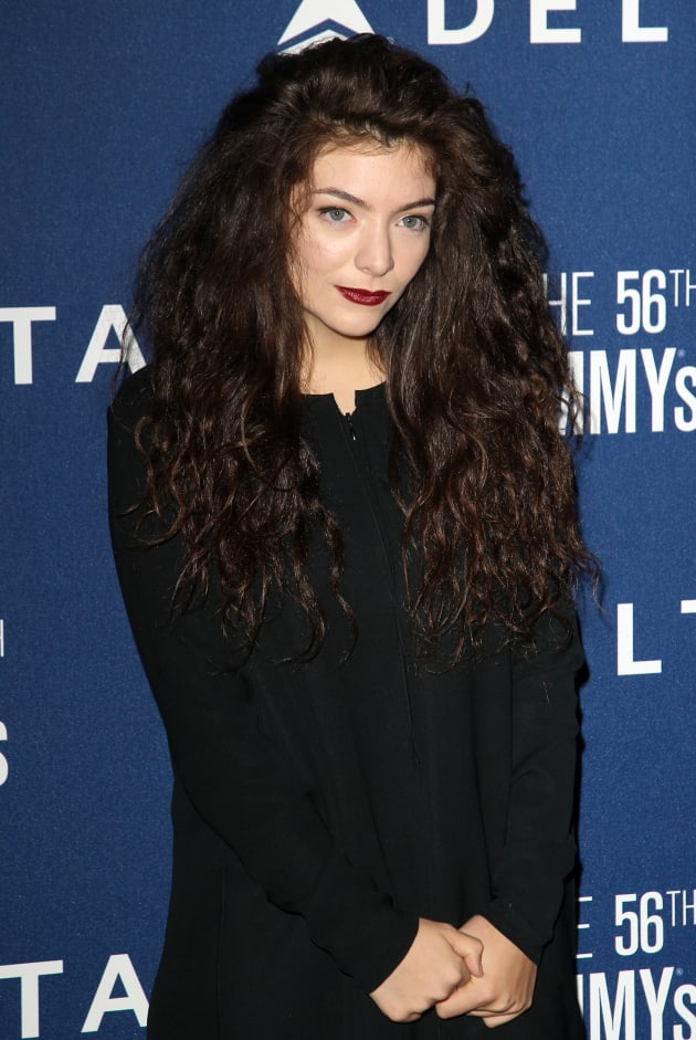 Lorde Smiling Photo