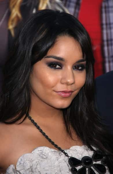 Vanessa Hudgens: Clothed, Happy at Movie Premiere - The