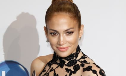 "Marc Anthony Throwing ""Tantrums"" Over Casper Smart and J. Lo, Source Claims"
