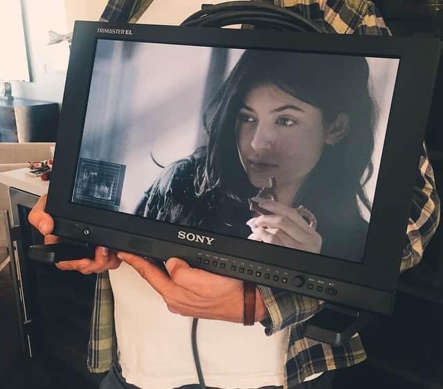 Kylie Jenner: Makeup-Free