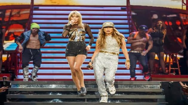 taylor swift and jennifer lopez duet on jenny from the