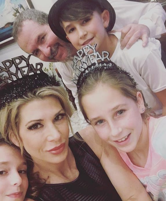 Alexis Bellino and Family, Happy New Year