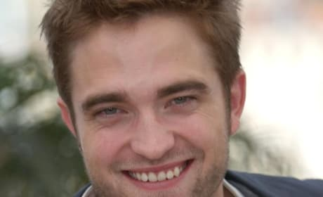 Robert Pattinson Likes the Smell of People