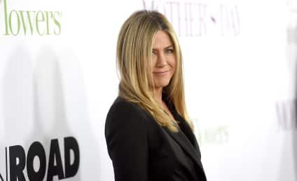 Jennifer Aniston: Not Pregnant, Just PISSED!
