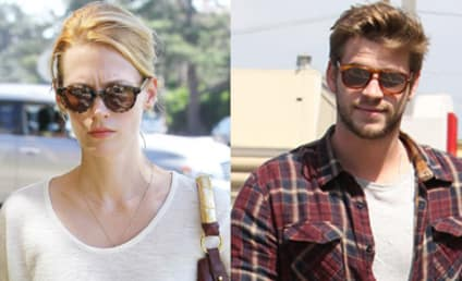 Liam Hemsworth to January Jones: I Want to F-ck You!
