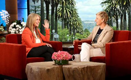 Jennifer Love Hewitt Wears Clothing on Ellen
