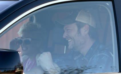 Gwen Stefani Wears Diamond Ring, Must Be Engaged to Blake Shelton!