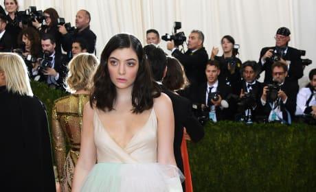 Lorde: 2016 Costume Institute Gala