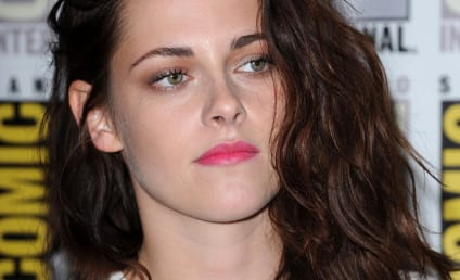 "Kristen Stewart Apologizes for ""Momentary Indiscretion"" with Rupert Sanders"